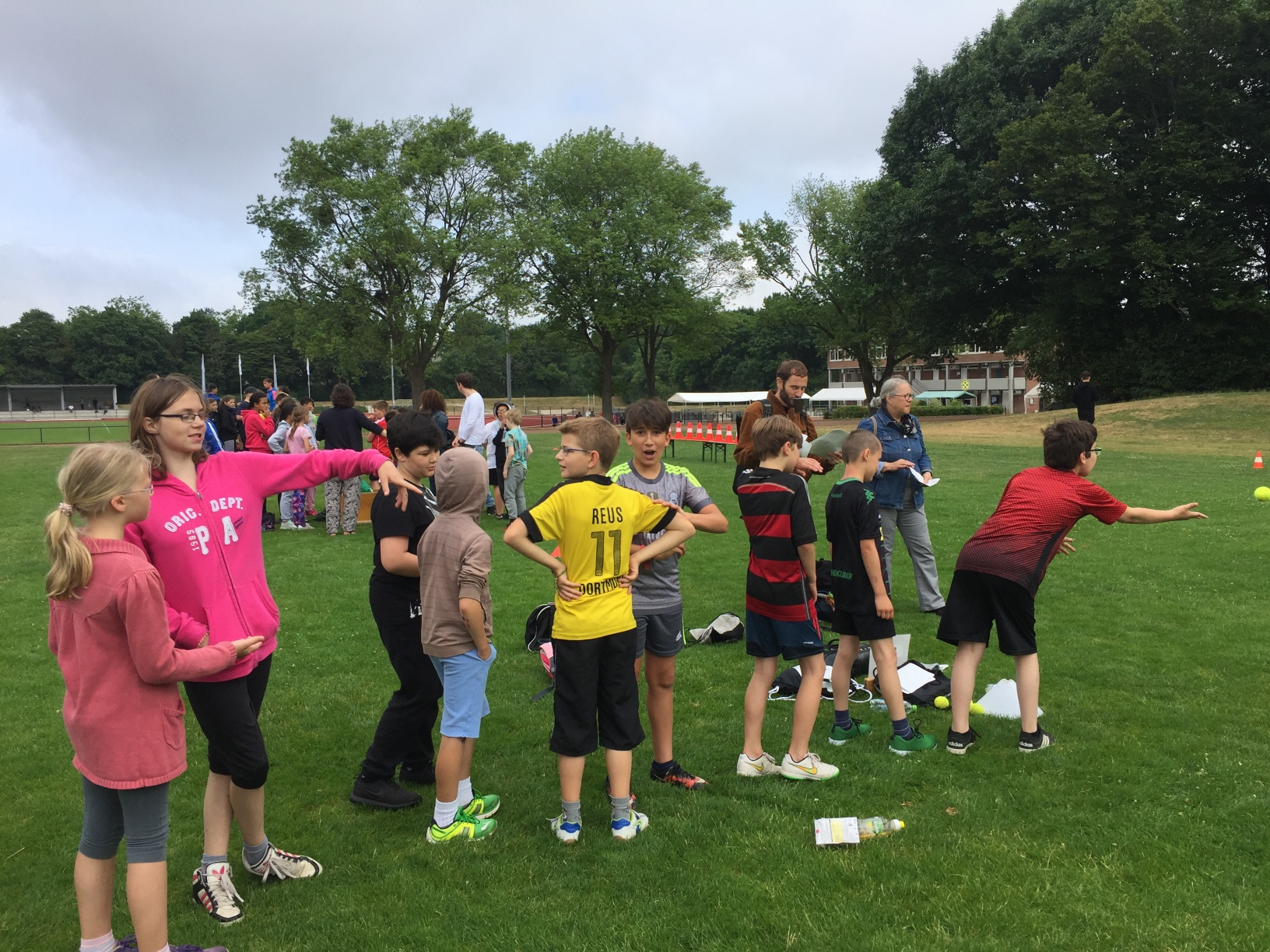 Gemeinsames Sport- und Spielfest mit dem AvH-Gymnasium