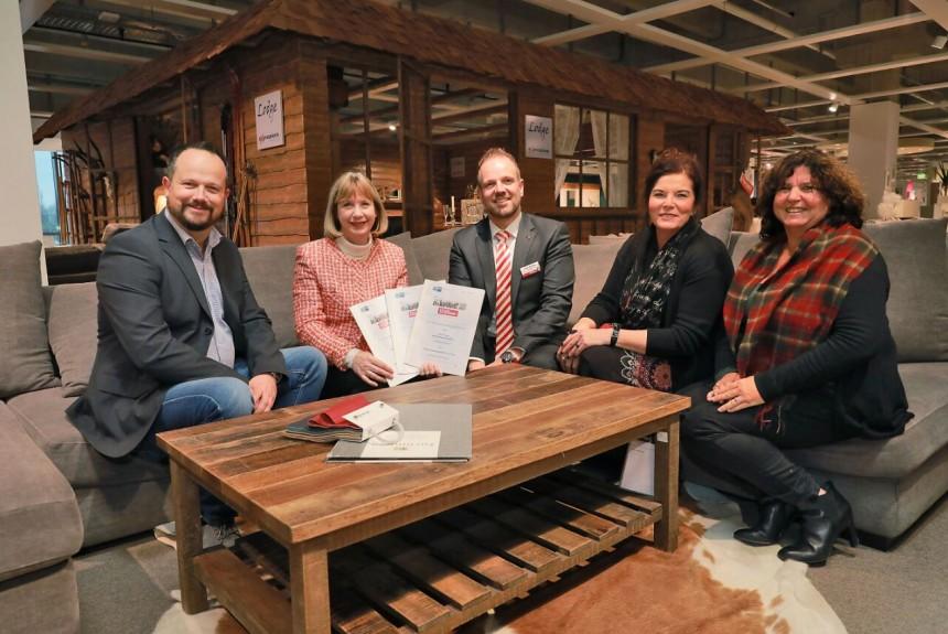 Höffner kooperiert mit der Comenius-Schule