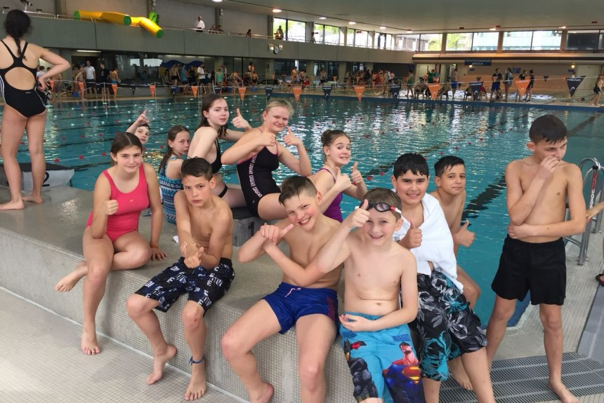 Unsere Comenius – Schüler/innen bei den Stadtmeisterschaften im Schwimmen